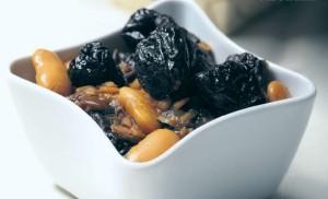 velky-fazulova-polievka-susenymi-slivkami