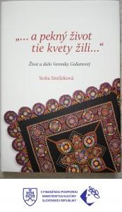 Kniha s logom